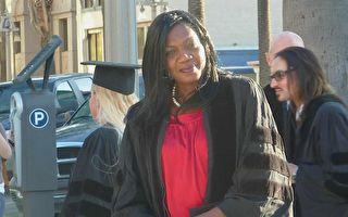 全職工作養四孩 加州母親苦讀十年通過律考