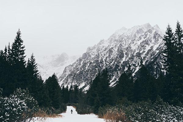 GPS誤導 加州男雪山口被困7天 僥倖生還