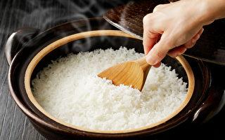 白米饭补脾胃、稳血糖 糖尿病也能安心吃
