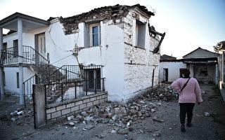 组图:希腊强震百栋建筑受损 民众仓皇逃跑