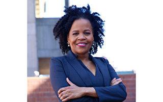 波士顿首位非裔女市长Kim Janey就职