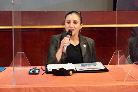 纽约市警局副检察长暨反仇恨犯罪组指挥官科里(Jessica Corey)。