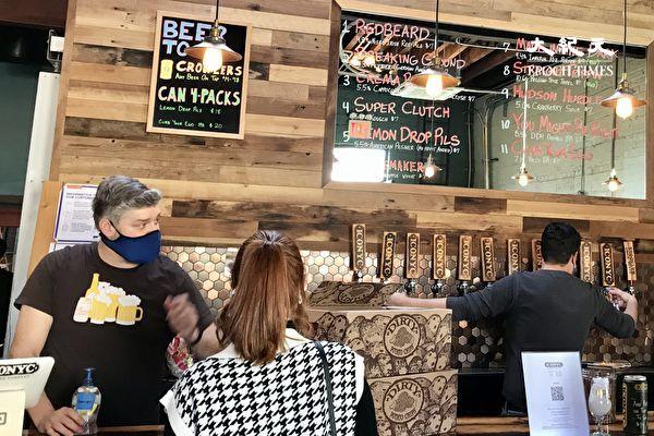 紐約餐飲業可繼續提供酒類外賣  延長至4月6日
