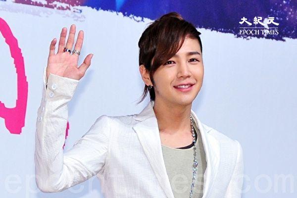 张根硕时隔3年半唱新歌《Star》 5月发行新单曲
