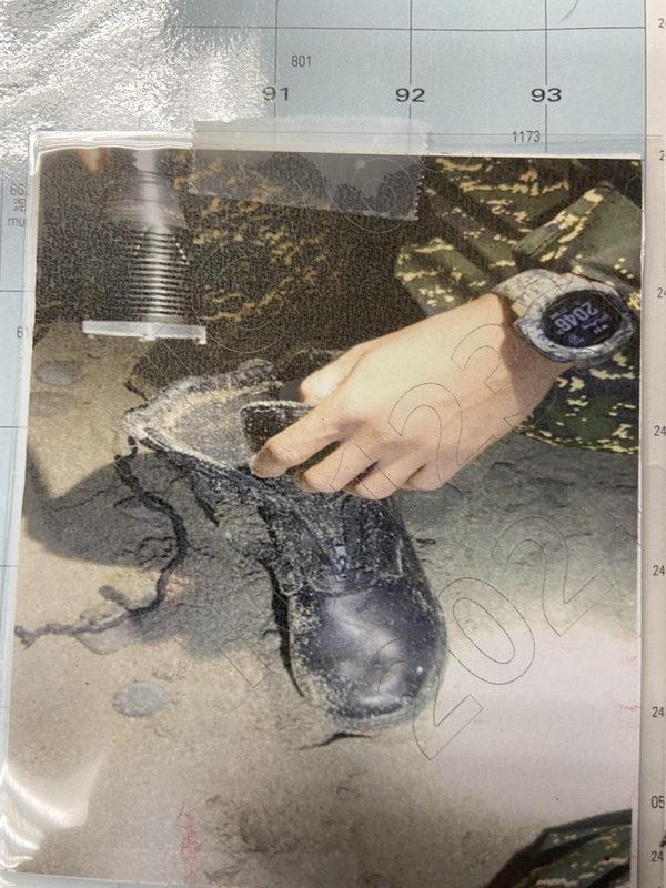 漏夜搜寻飞官潘颖谆 海岸发现鞋子