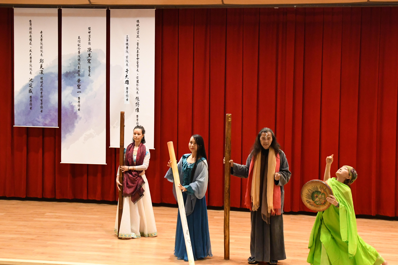 王仲平團隊雨笙藝術表演。(賴月貴/大紀元)