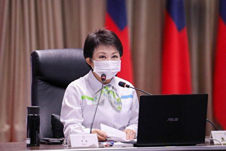 """台中市长卢秀燕说,市府支持中火发电机组""""汰旧换新"""",反对机组只增不减。"""