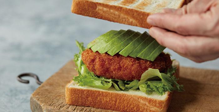 日式炒麵三明治 迥異食材碰撞出完美味道