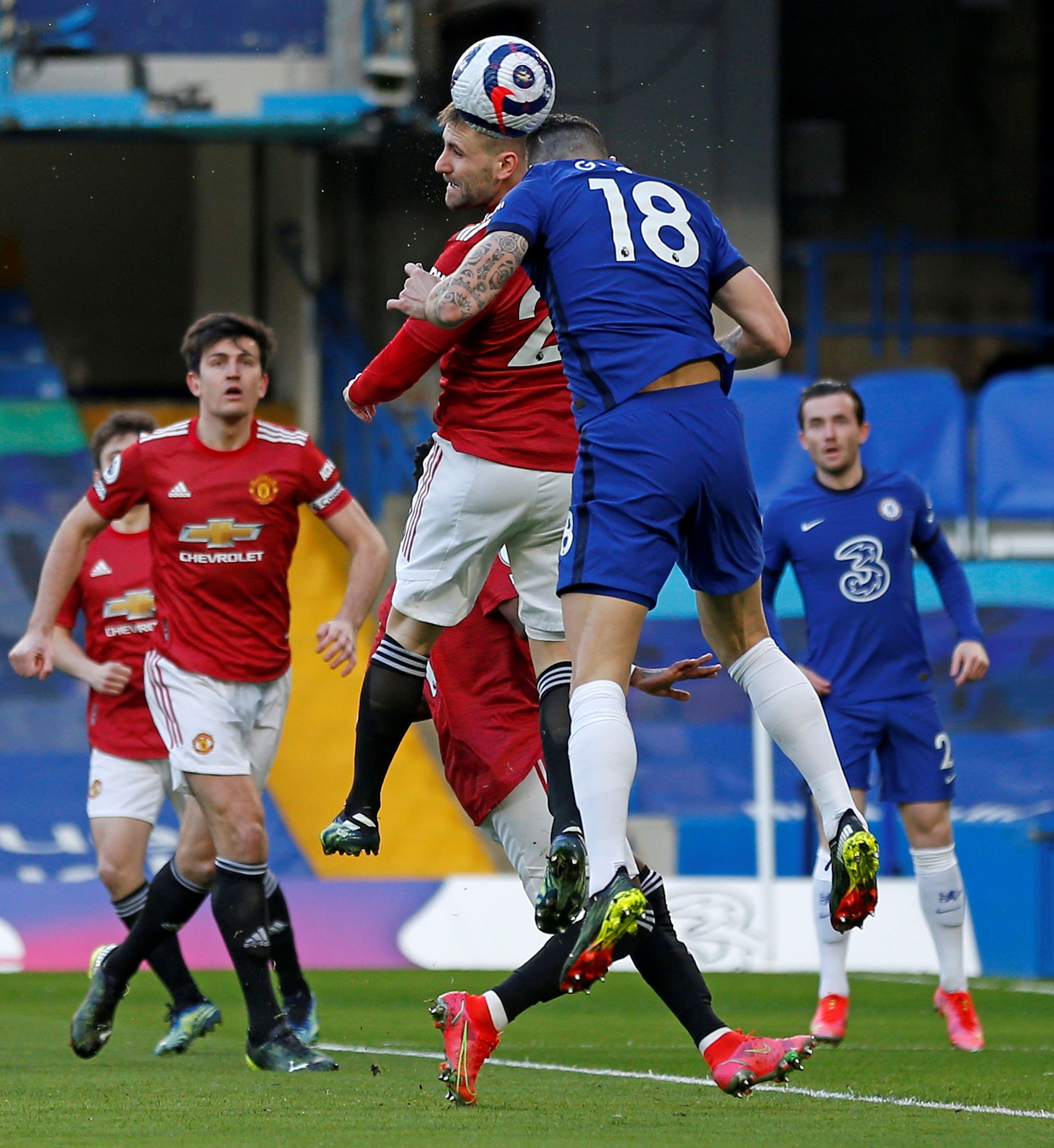 曼联在客场与切尔西战成0:0平手