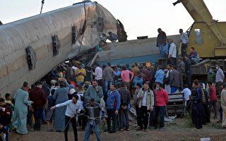 组图:埃及两列车相撞 造成至少32死165伤