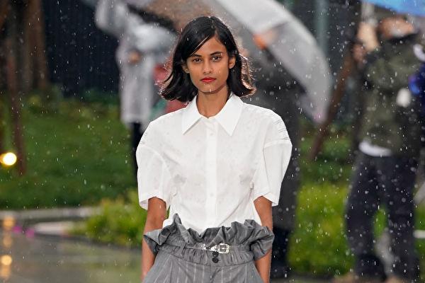 一件襯衫9款穿法 小資女日常穿搭不再單調