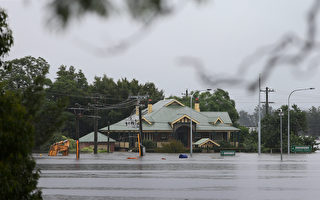 新州遭遇洪水 预计保险索赔金额超20亿