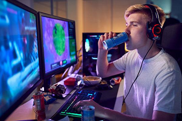 研究:流行能量饮料损害心脏健康