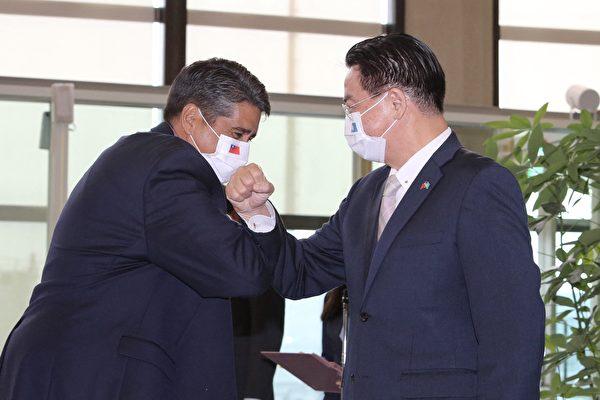 """【疫情3.28】台湾帛琉建立""""无菌""""旅游走廊"""