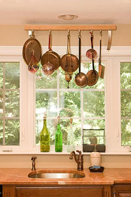 Home,Interior-,Kitchen,Sink,Shutterstock,鍋