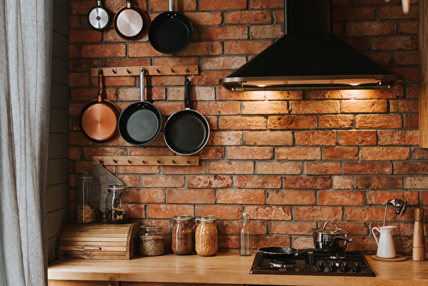 Details,Of,A,Cozy,Kitchen,Interior,With,A,Brick,Wall