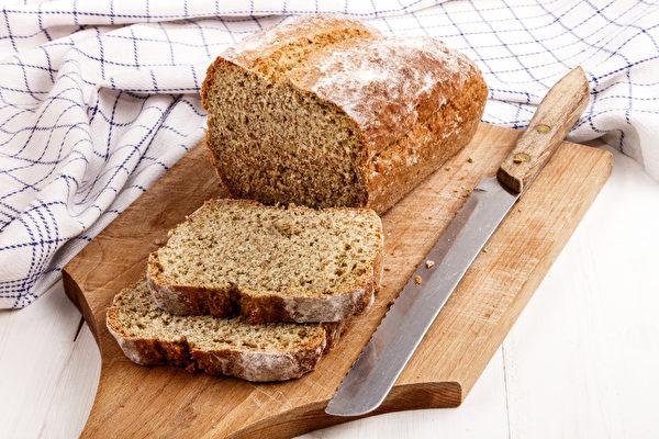 加入燕麦 爱尔兰苏打面包满口浓郁坚果香