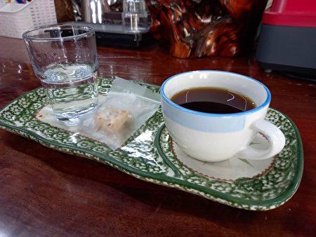 一杯多纳咖啡,装着主人一山沐的用心。