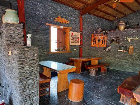一山沐石板咖啡屋。