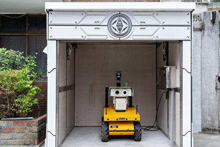 圖說:瓩力自今年3月開始進駐萬華二次變電所,台電也特別為瓩力打造一個專屬充電小屋。