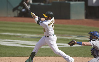 MLB莫兰再见安打 运动家首胜入袋