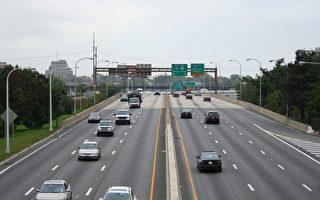 公路上的藍色標誌牌(下)