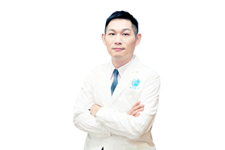 淨妍醫美集團總院長陳俊光醫師。