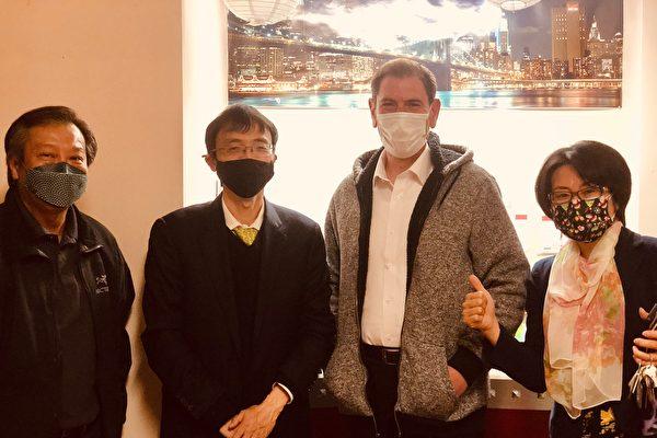 臧東慧與市議員康德全電台做節目 討論預防仇恨犯罪