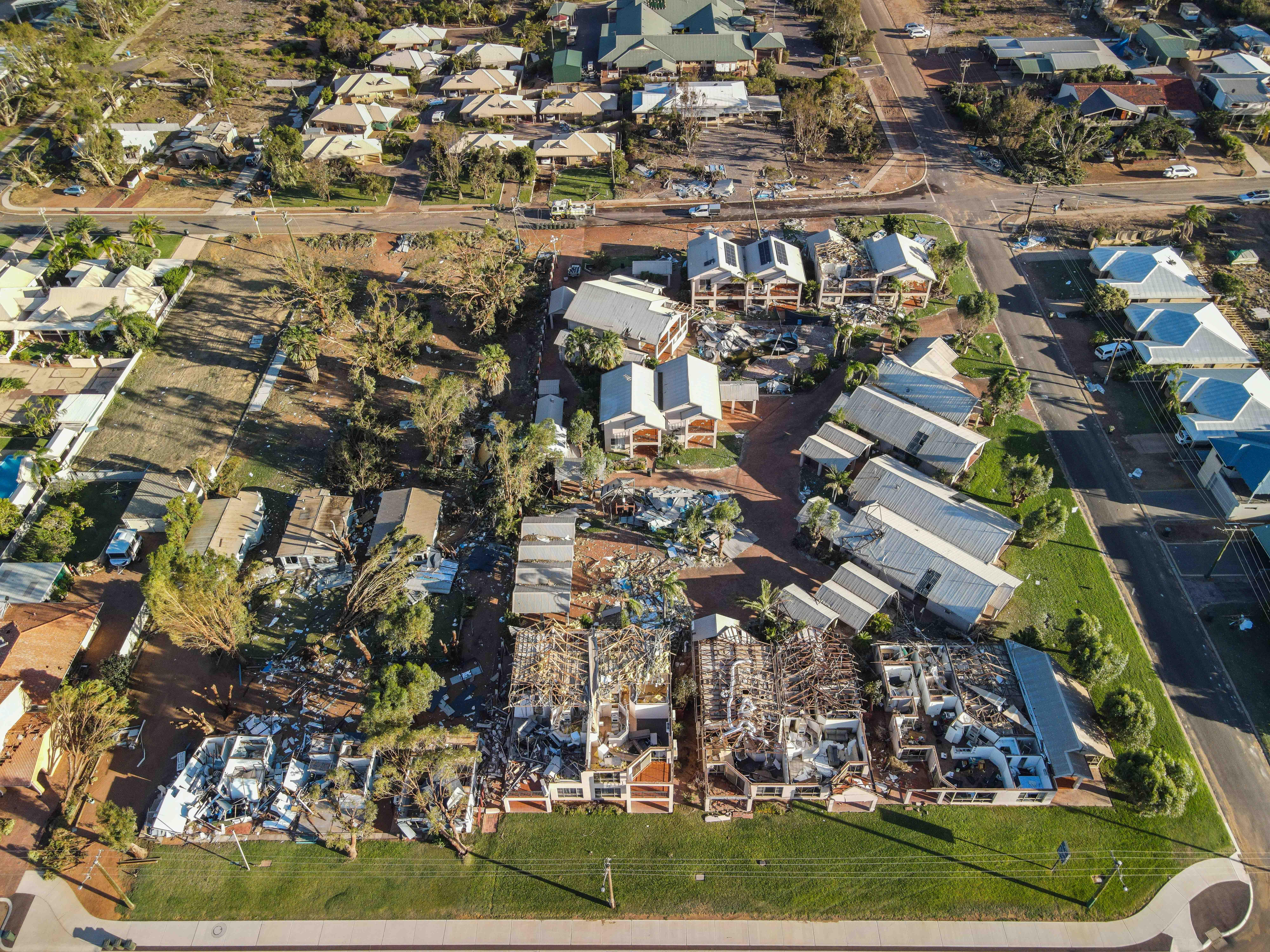 熱帶風暴侵襲西澳 近三萬戶停電(多圖)