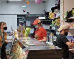 美8月430万人辞职 食品和零售业占多数