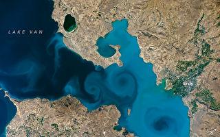 土耳其凡湖藍漩渦 獲選NASA最佳地球照片