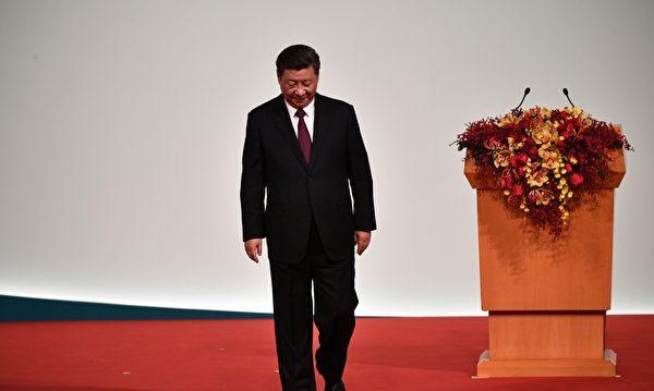 权力斗争在中国共产体系内部浮出水面,批评战狼外交和习近平的其他政策中国共产党内部批评| 习近平