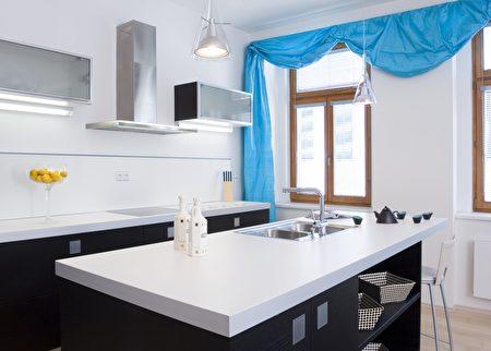 Interior,Of,Kitchen,Shutterstock,檯面,人造石