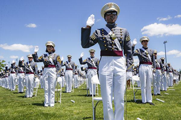 西點軍校作弊案懲罰出爐 51人重讀一年