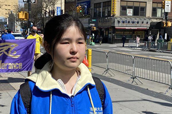 武汉女孩哭诉洗脑班对母亲的身心摧残