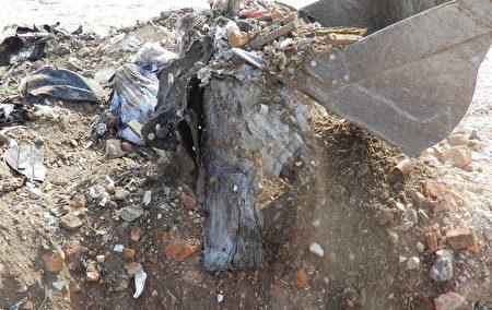 嘉環檢警合作攔查扣留非法載運廢棄物車輛。