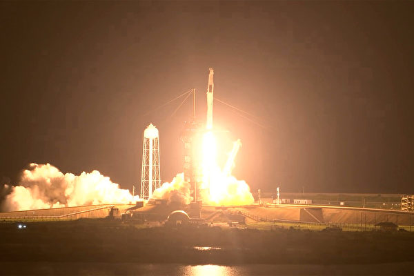 SpaceX載4名宇航員前往國際空間站
