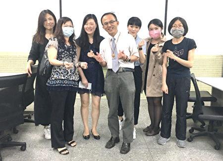 陳新平在基隆市綜合團進行備說觀議課。