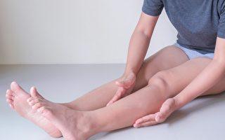 敲膽經能排毒、瘦腿 女中醫教你這樣敲才有效