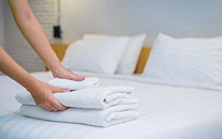 飯店房間最髒的東西不在房內!入住時要做2件事