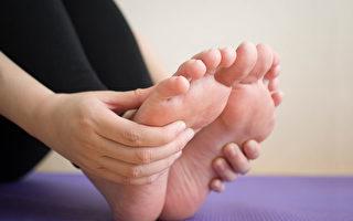 紐約韓醫安明求獨家針灸治腿腳痛 療效獨特