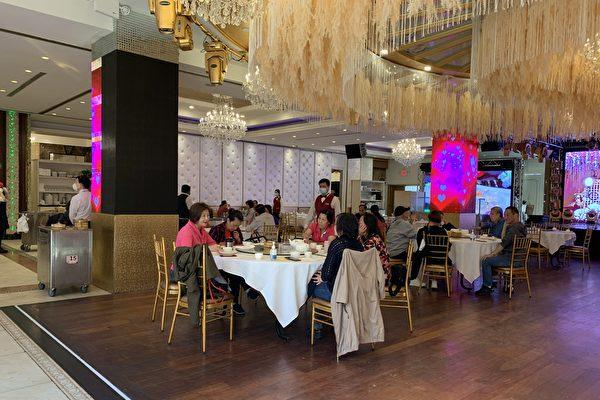紐約市5月7日起 堂食擴大至75%容客量