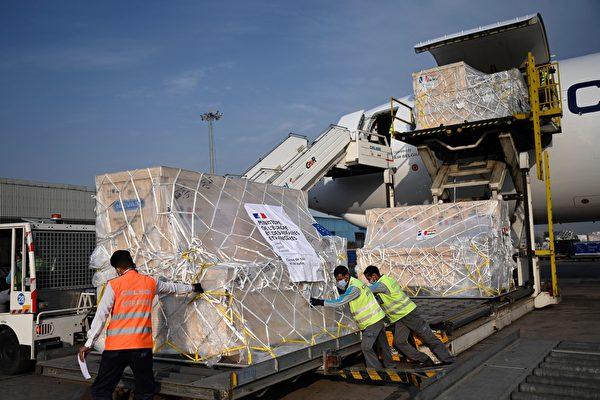 【疫情5.2】法国医疗援助设备抵达印度