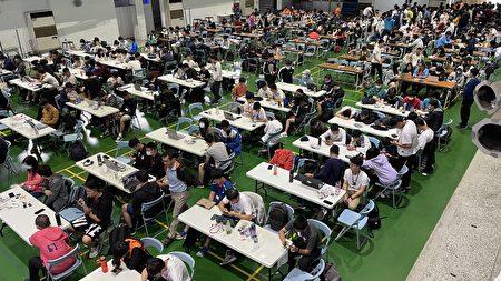 虎头山AI智驾车学生挑战赛桃高上课。