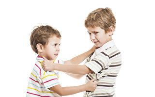 教孩子用語言,而不是用拳頭來解決衝突