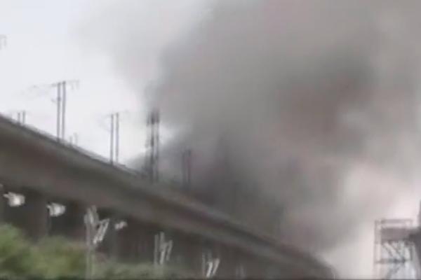 河南洛阳高铁桥附近着火 部分列车晚点