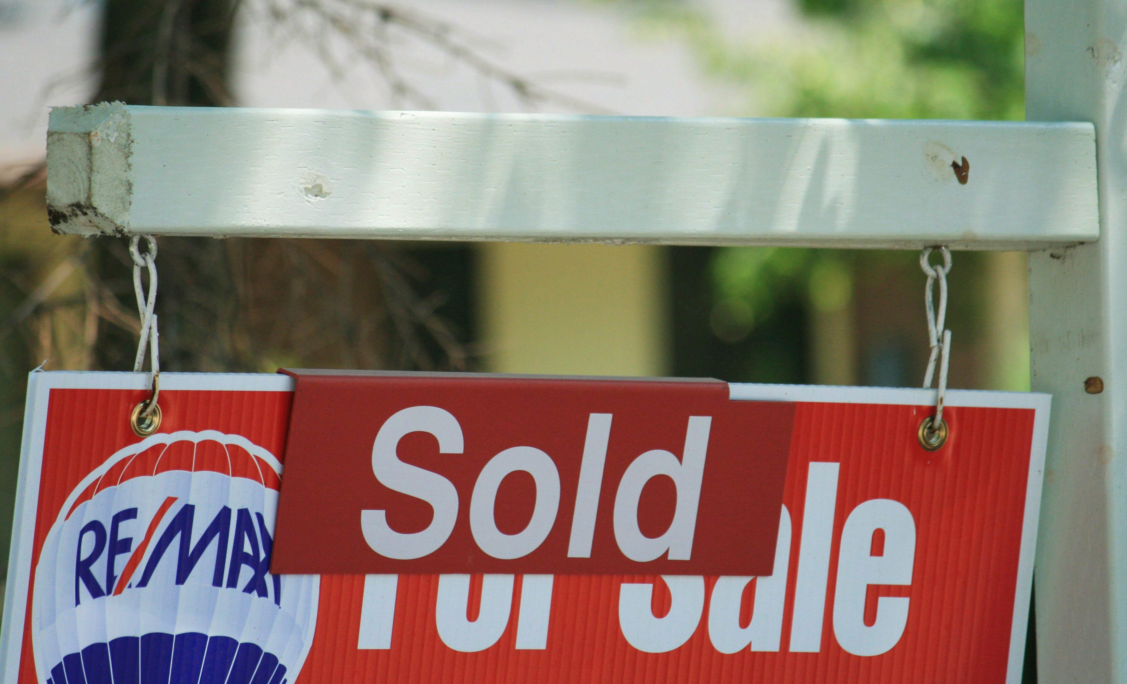 加国多温两地2成业主有多套物业 越有钱越囤房