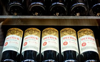 在太空中放一年多的葡萄酒 你猜售價多少?