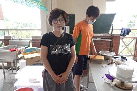 指导老师吴珮慈教官文武全才既是教官又是烘焙老师。