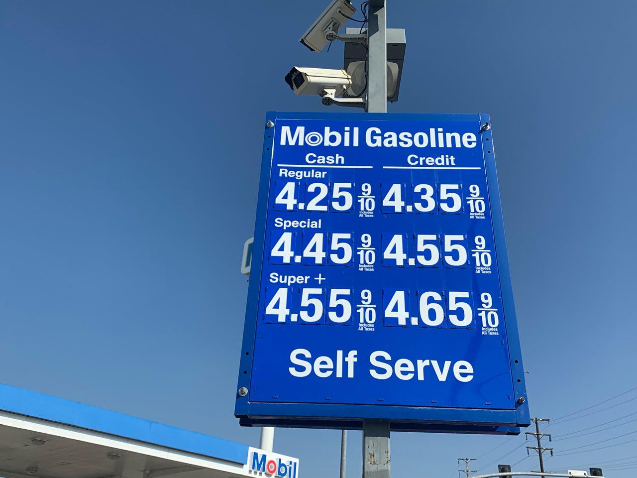 加州油价涨又涨 58县中38个超过4美元